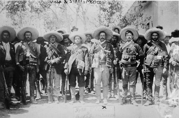 Mexique: P. Villa et son état-major